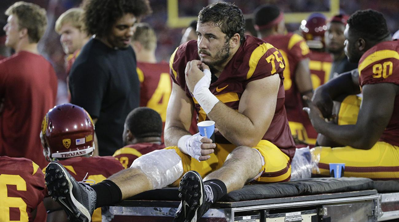 usc trojans max tuerk knee injury update