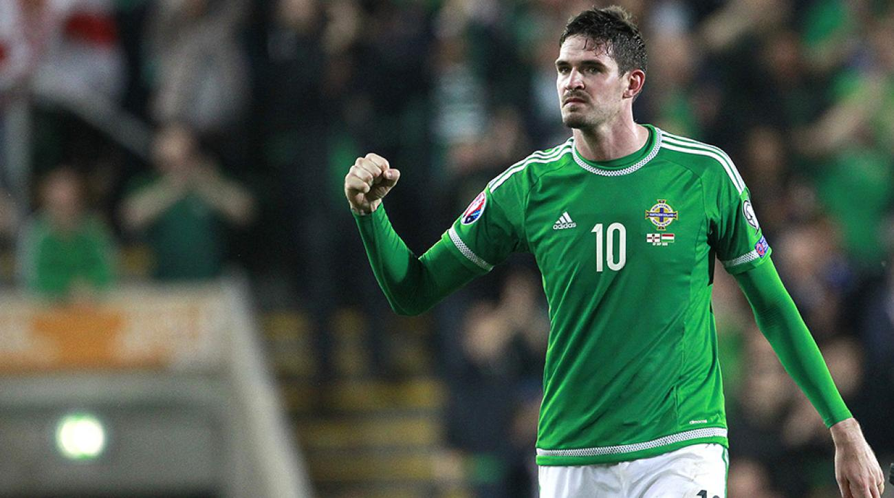 northern ireland soccer kyle lafferty troll video
