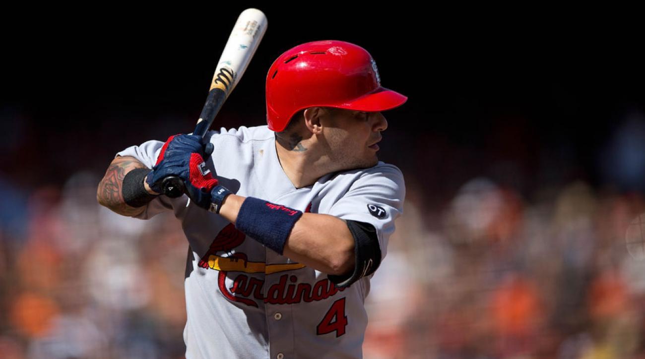 yadier molina thumb injury surgery st louis cardinals