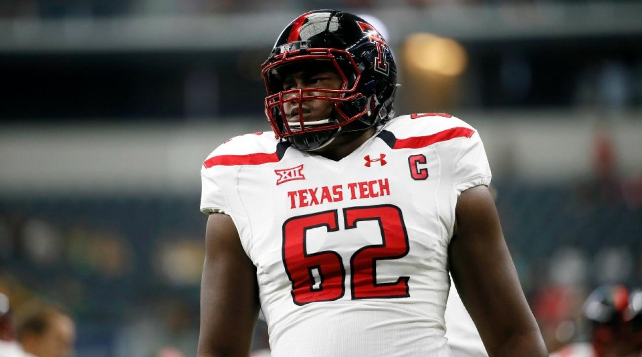 Texas tech scores with offensive lineman on trick conversion play