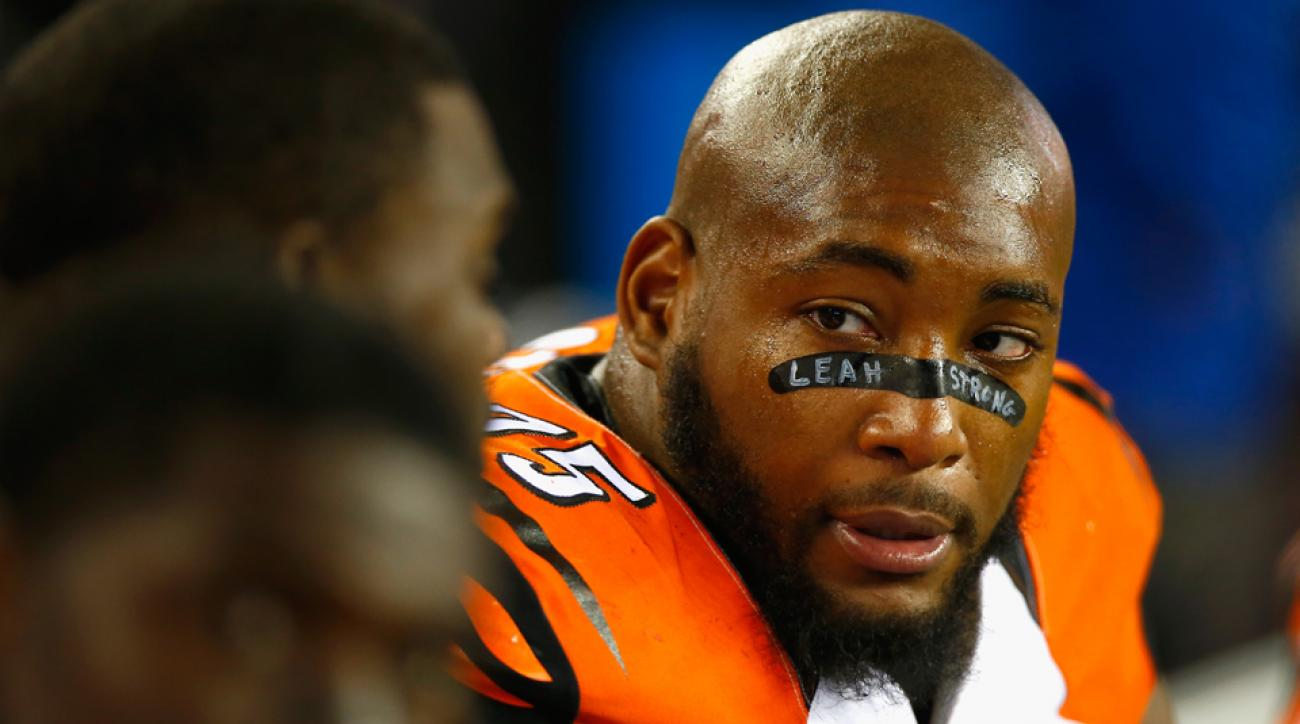 Surprising Nfl Didnt Fine Devon Still For Eye Black Honoring Daughter Leah Hairstyles For Men Maxibearus