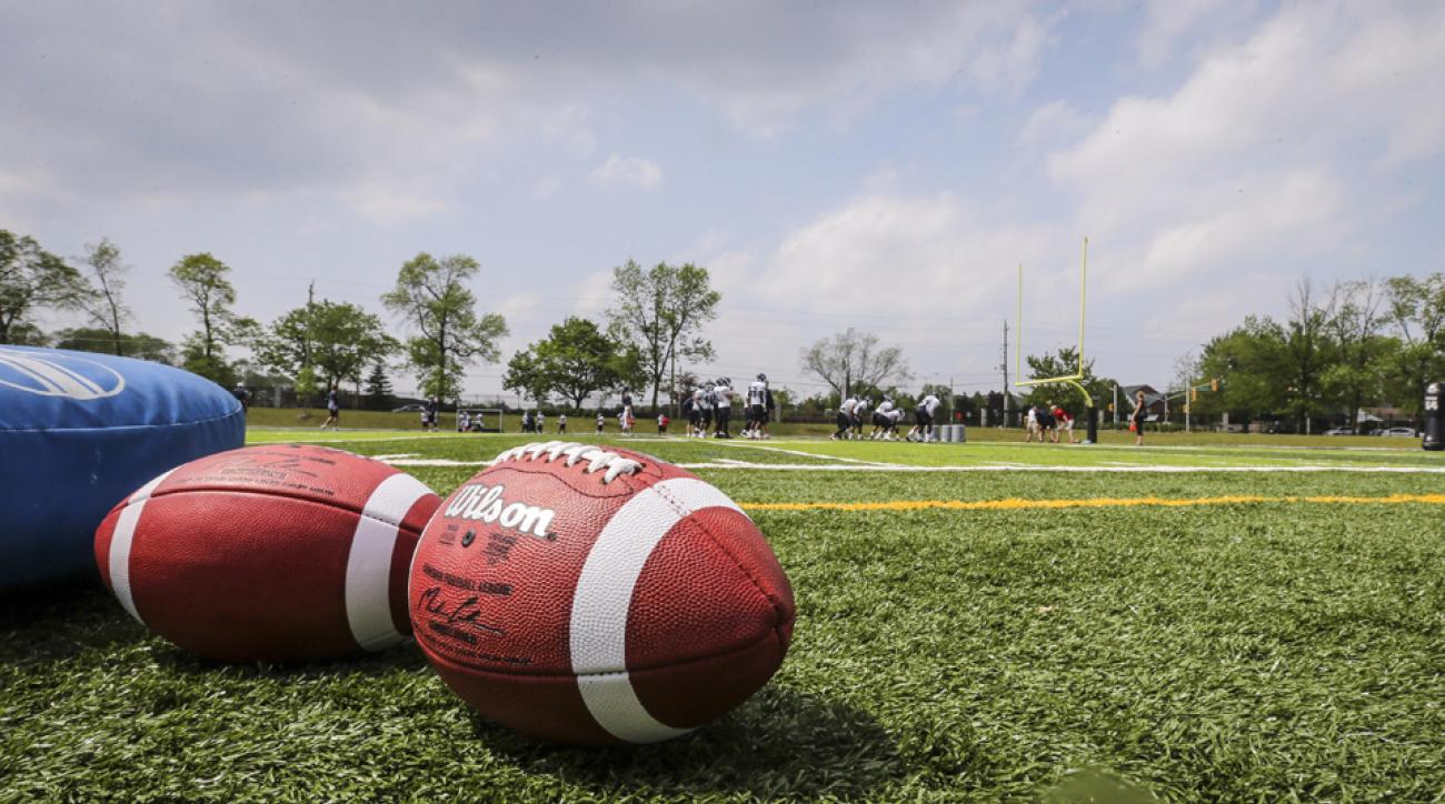 high school football player dies chicago hit