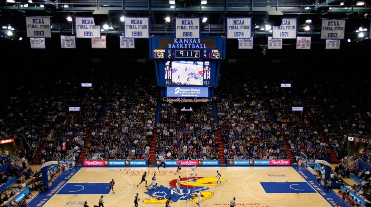 Kansas basketball Mitch Lightfoot commits