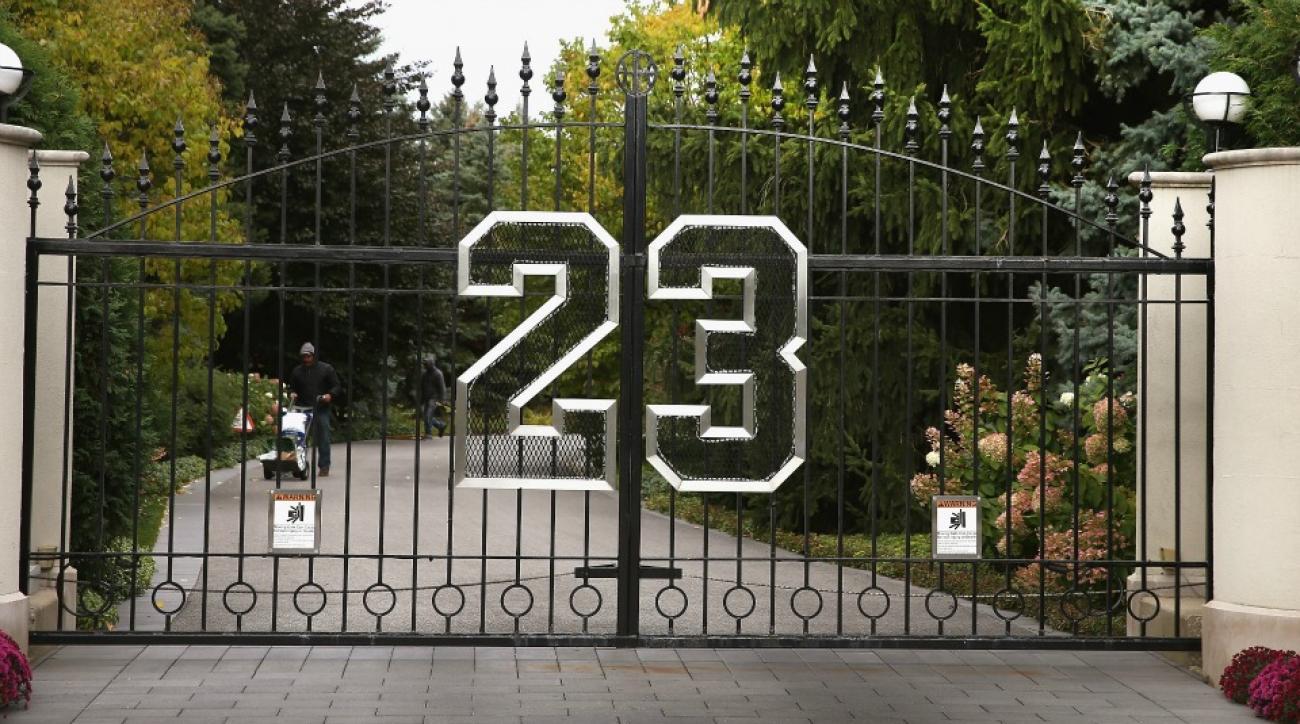 Michael Jordans House Is For Sale Has A Movie Trailer