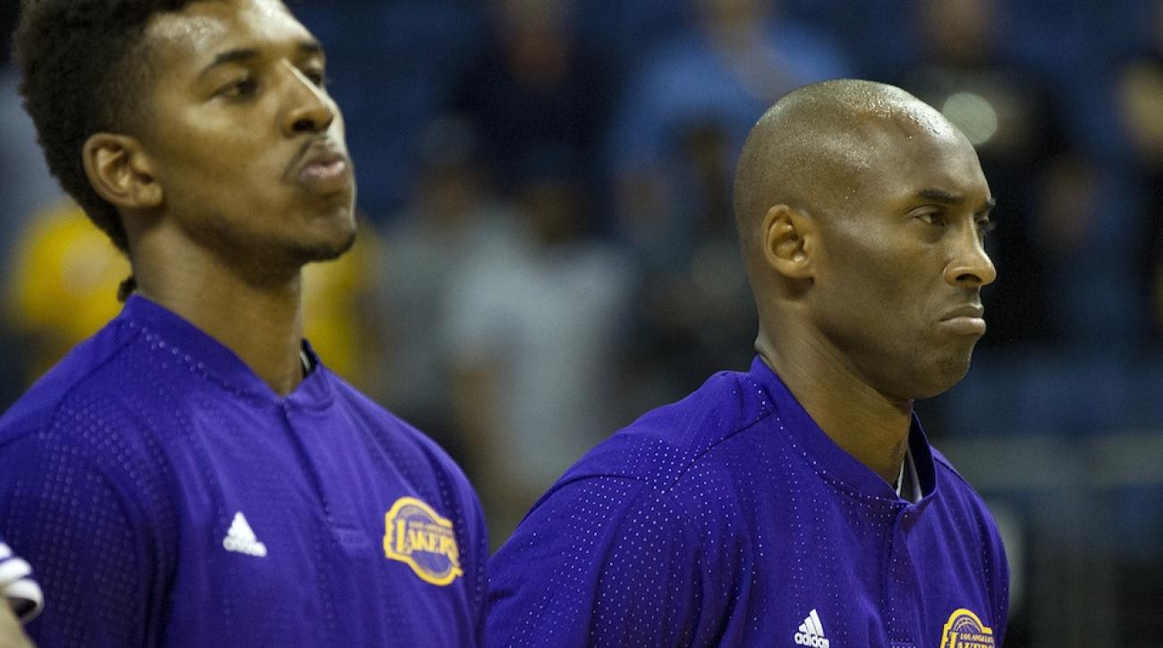 Nick Young (l) and Kobe Bryant (r) of the Los Angeles Lakers.
