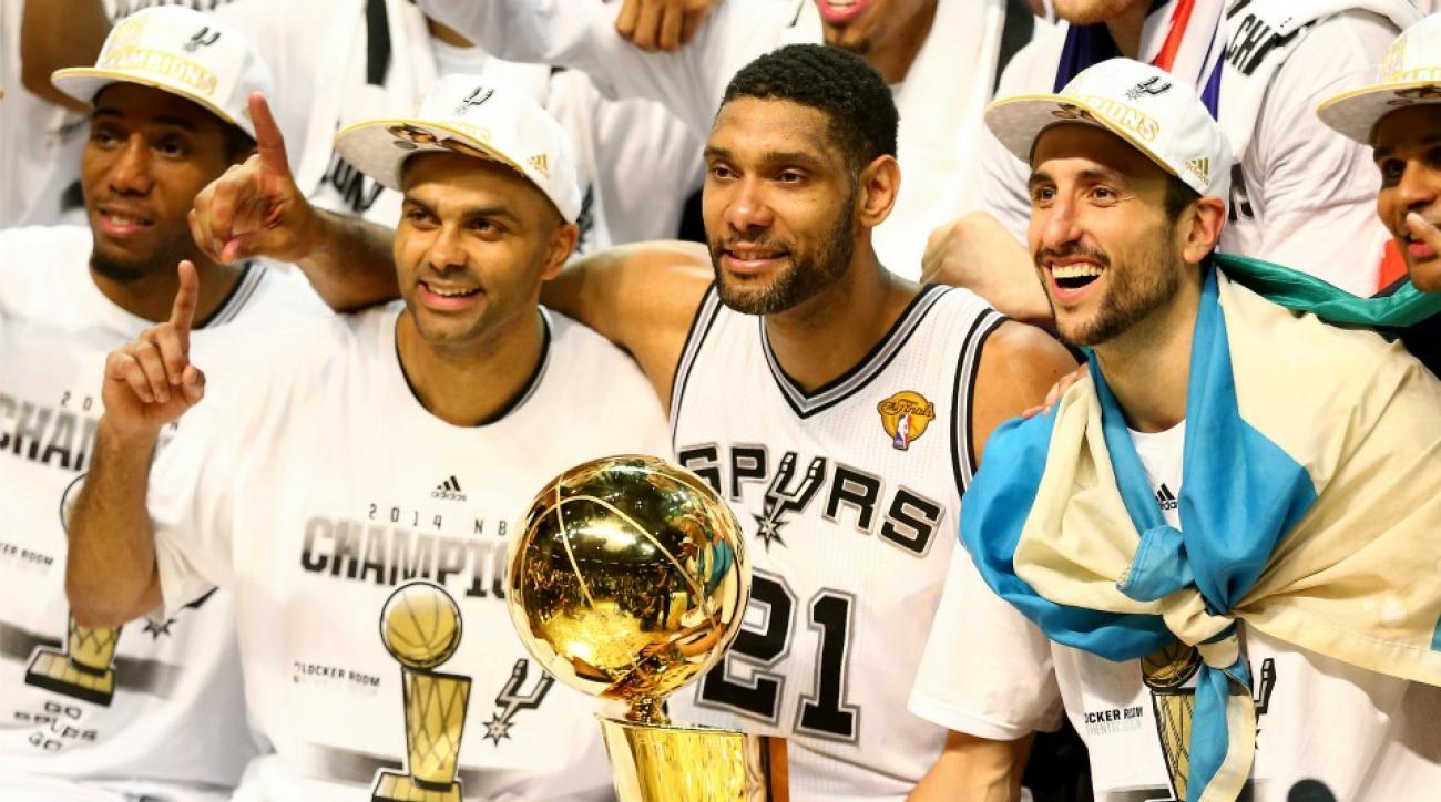 San Antonio Spurs star in Cheers opening credits