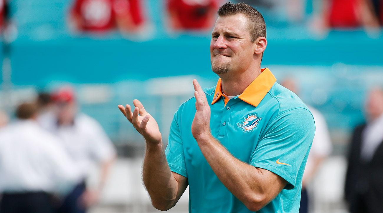 Dan Campbell is 2-0 as Dolphins interim head coach.