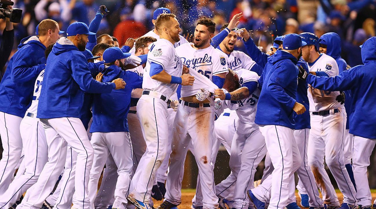 Eric Hosmer, Royals celebrate Game 1 win