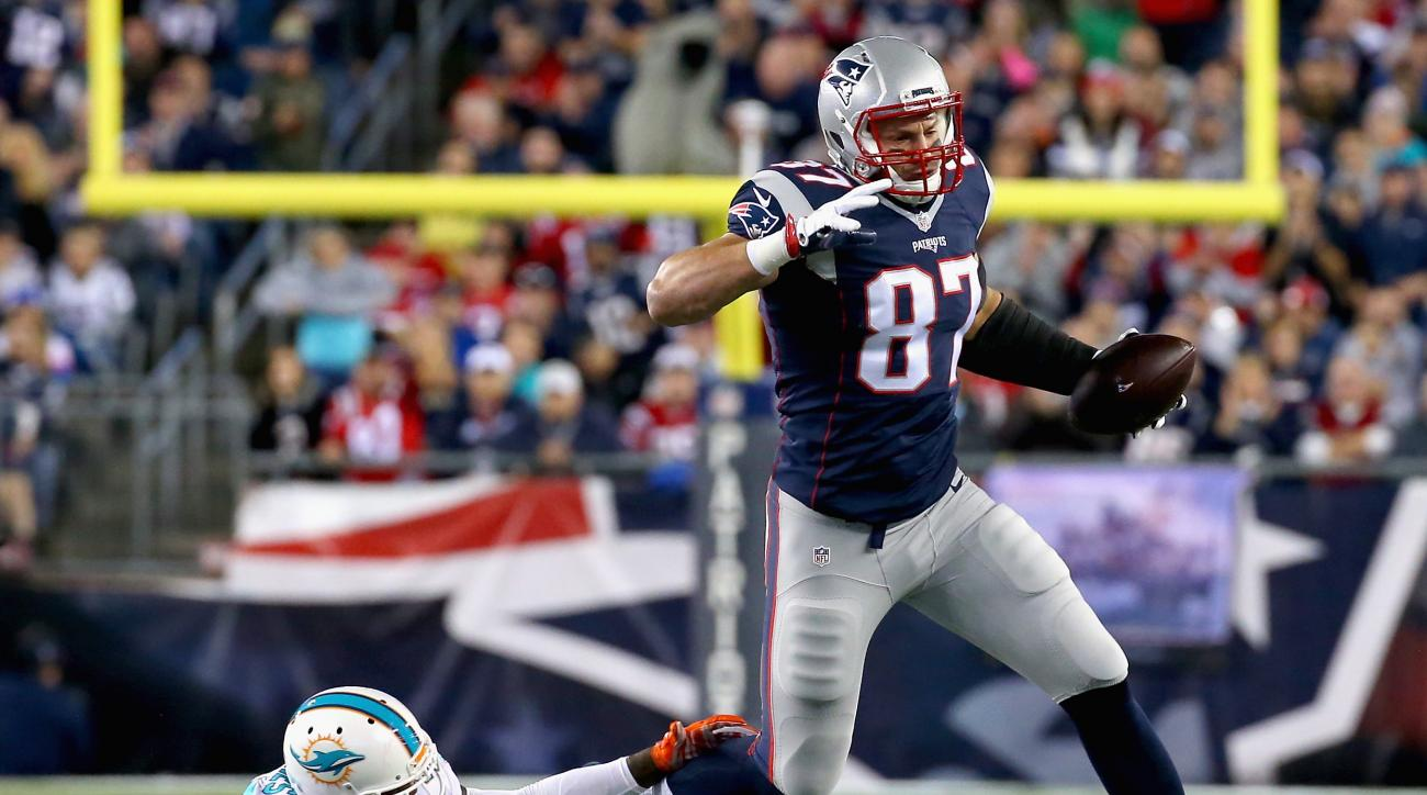 LaFell: Players don't want to tackle Rob Gronkowski