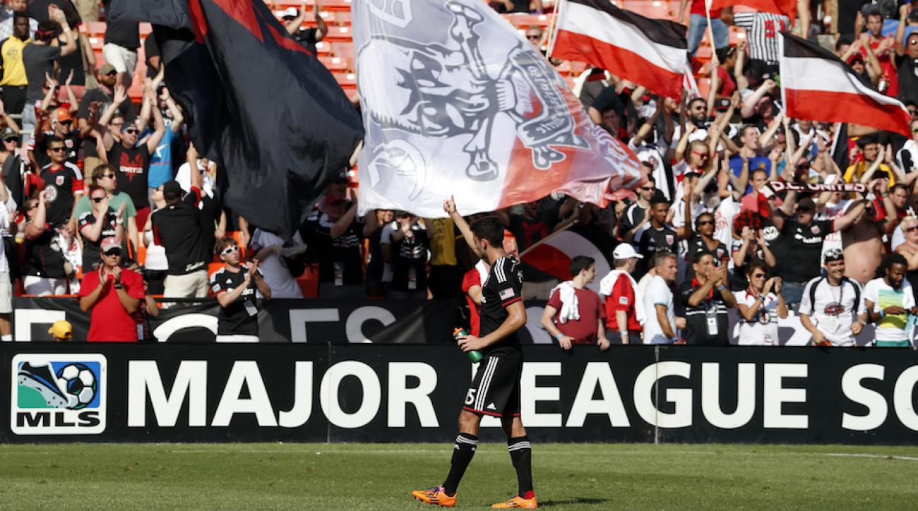 red bulls dc united fan tackle video