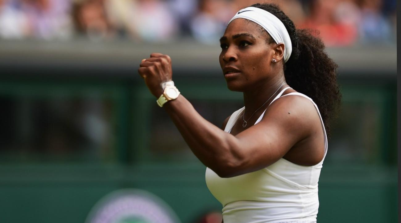 Serena Williams chases down cell phone thief