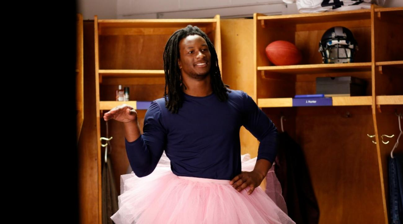 St. Louis Rams' Todd Gurley appears in new Jolly Rancher commercial