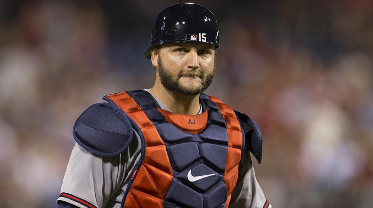 atlanta braves aj pierzynski free agent contract