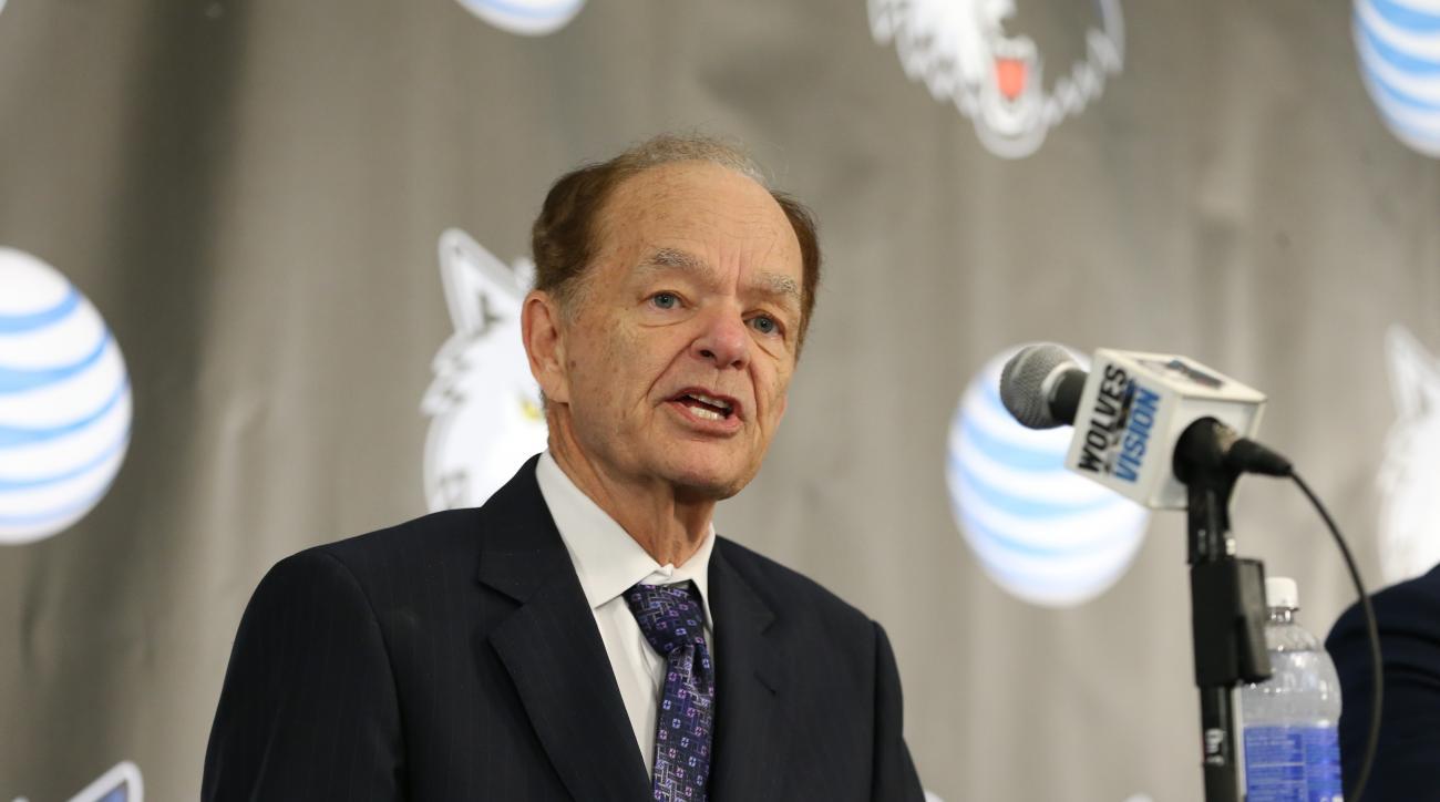 Report: Glen Taylor negotiating minority sale of Timberwolves