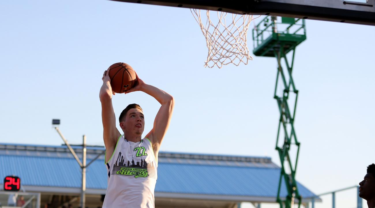 tj leaf recruiting commitment ucla oregon