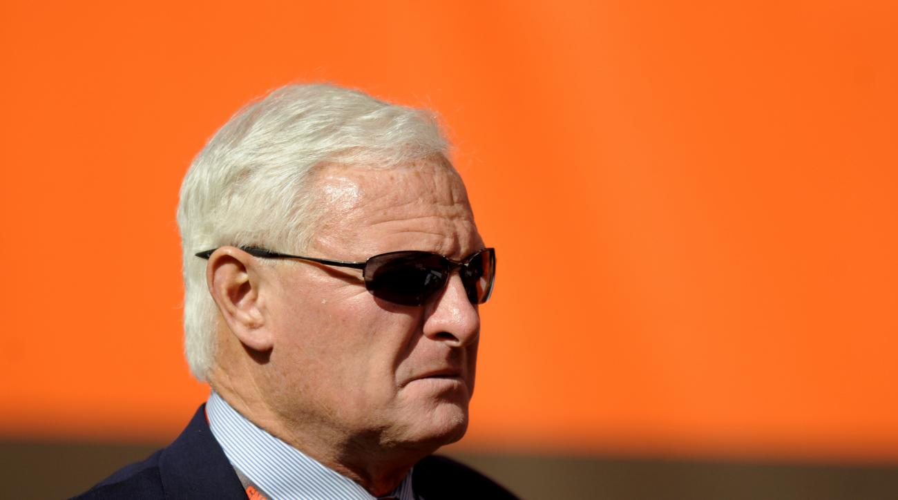 Browns owner Jimmy Haslam will not make any changes during bye week