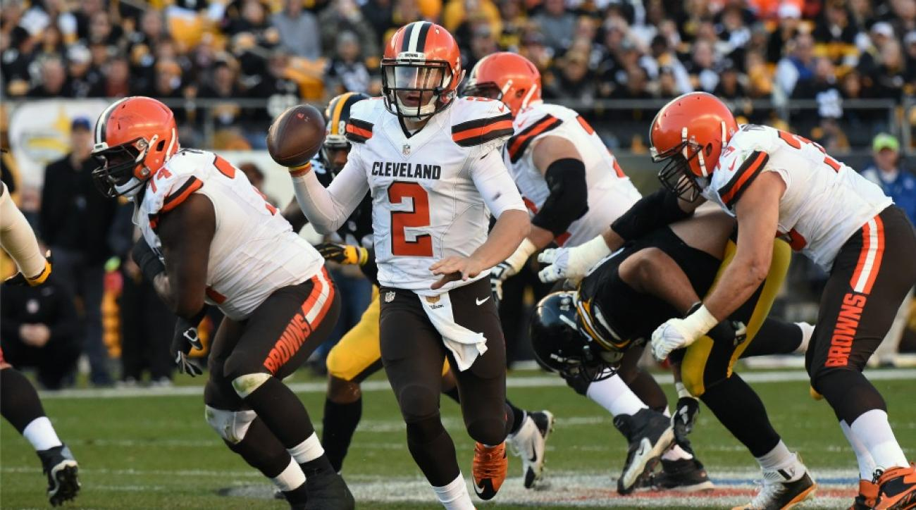 Cleveland Browns Johnny Manziel tweets with Steelers' Arthur Moats after game