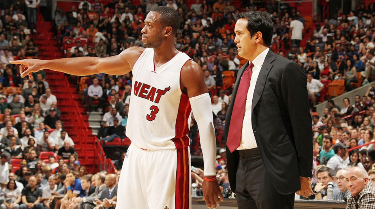 Dwyane Wade referee stare video Miami Heat New York Knicks