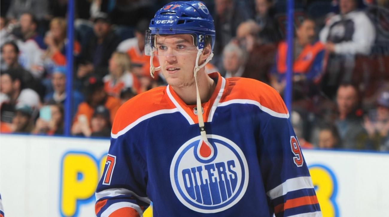 Edmonton Oilers' Connor McDavid may return early from broken collarbone