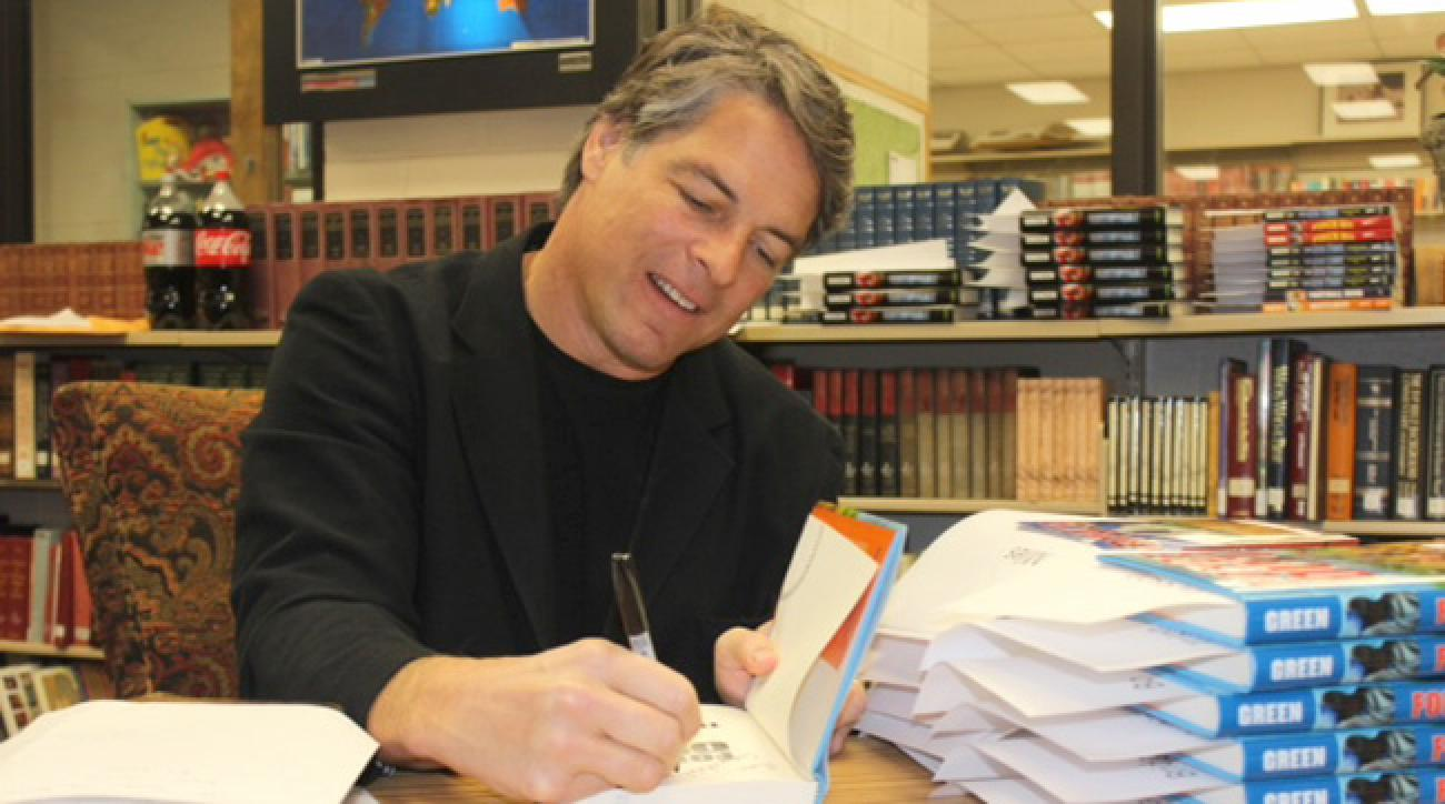Formef Falcons, Syracuse player Tim Green at a book signing