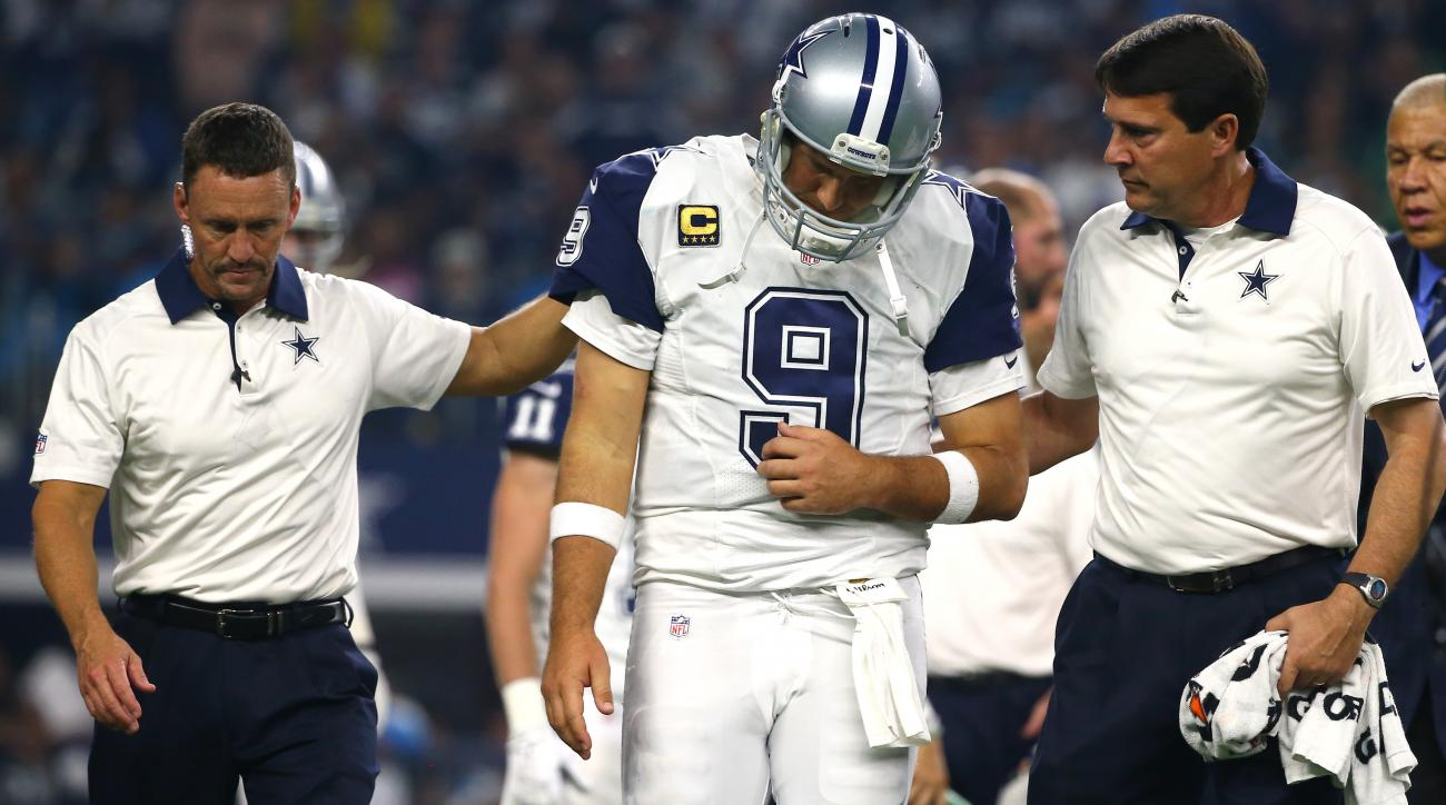 tony romo dallas cowboys out for season broken collarbone