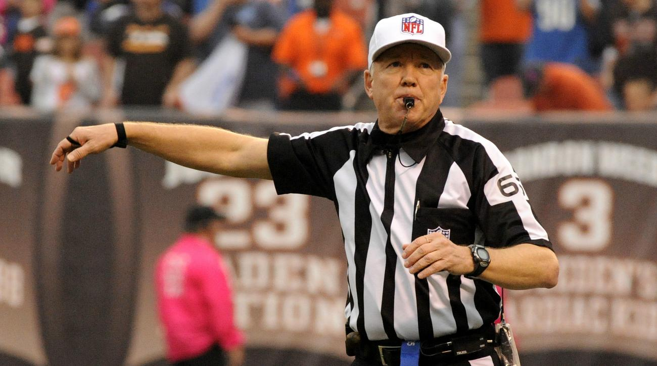 buccaneers-colts-referee-walt-coleman-mistake-video