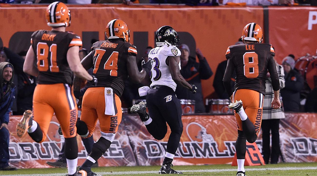 Will Hill returned a blocked field goal for a touchdown to give the Ravens the win over the Browns.