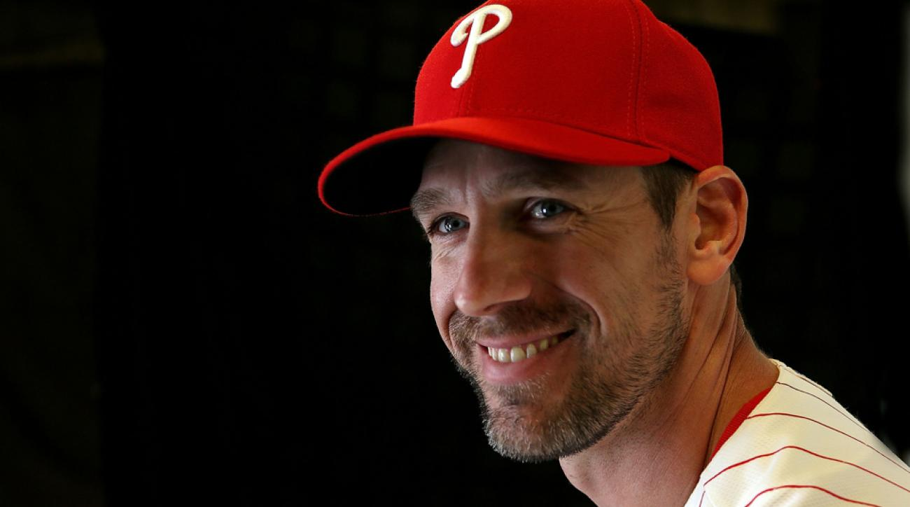cliff lee medically cleared 2016 return free agent