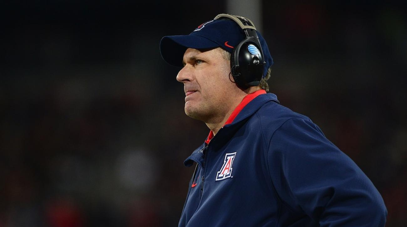arizona rich rodriguez declines south carolina offer