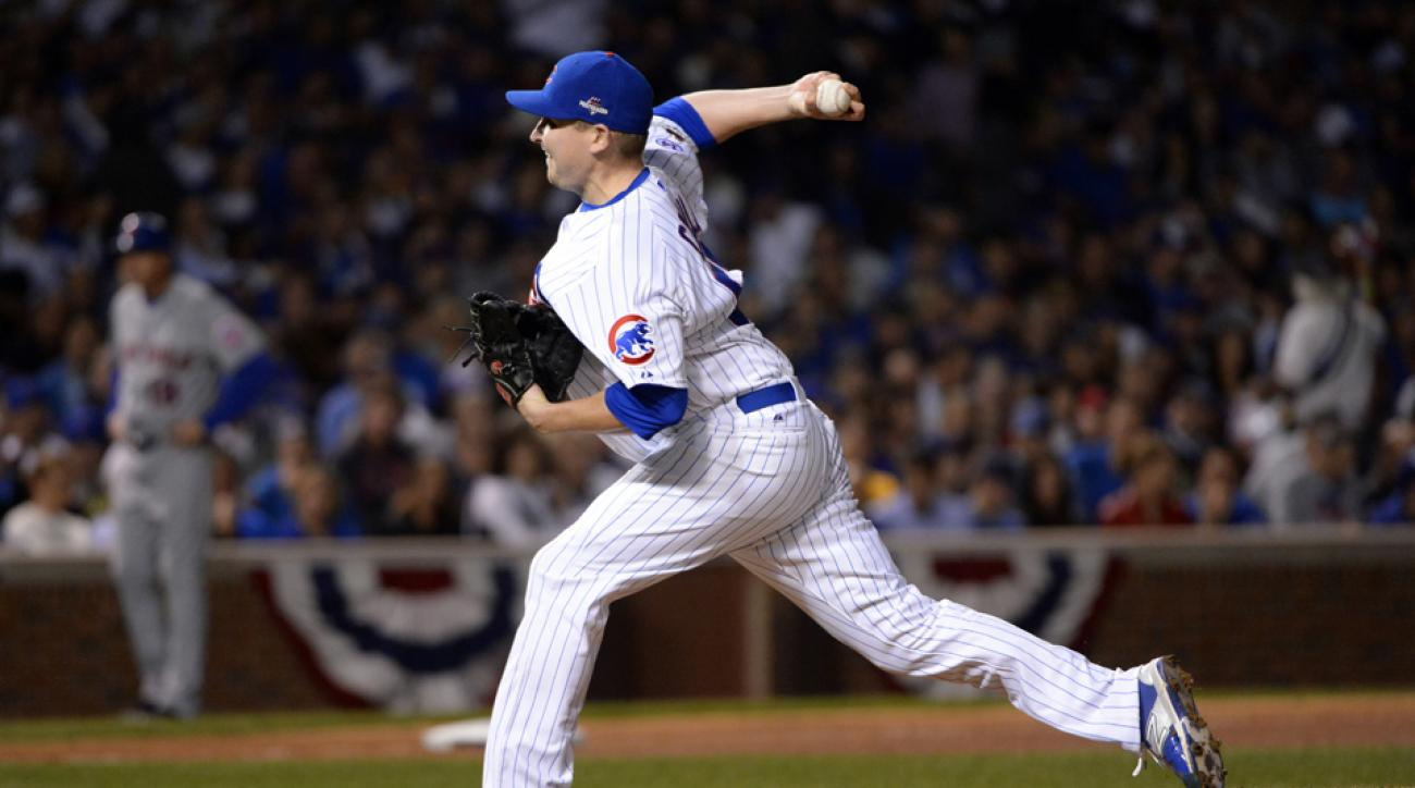 trevor cahill re signs cubs