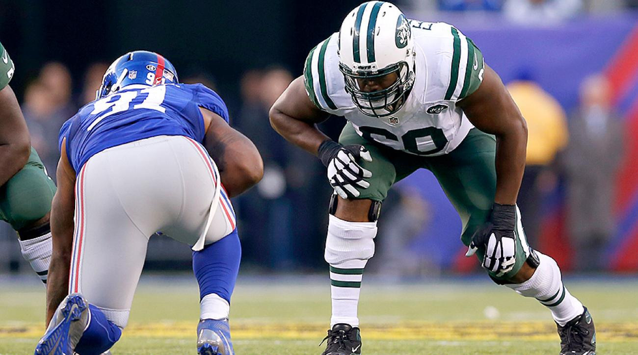 "New York Jets O-lineman D'Brickashaw Ferguson offers his thoughts on the film ""Concussion"""