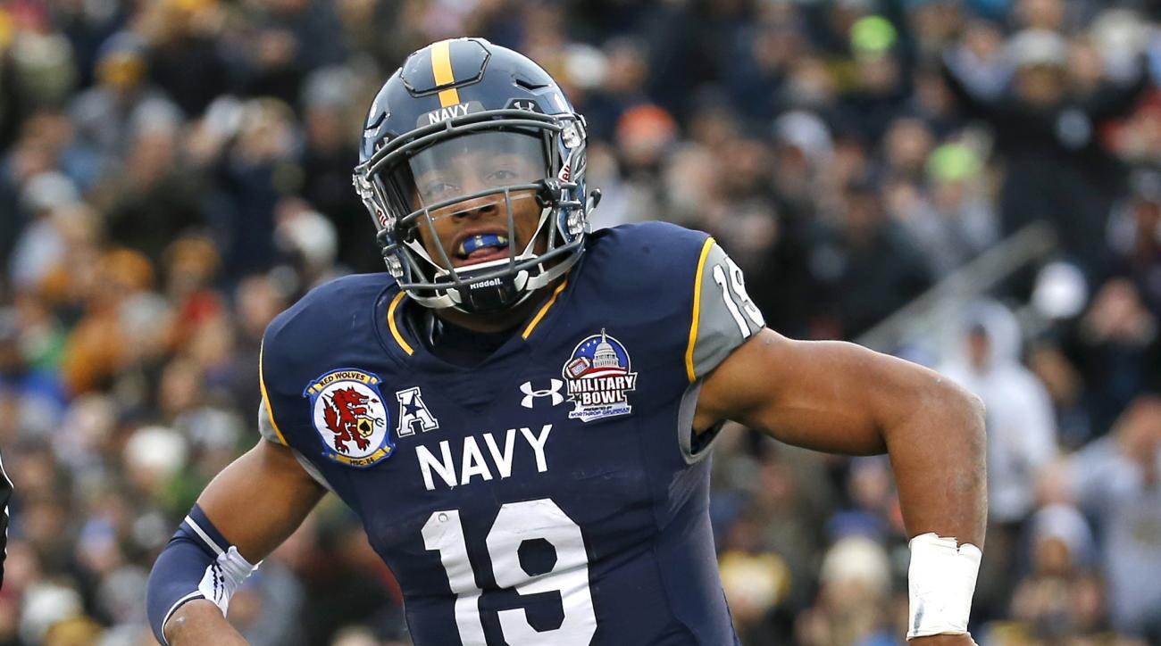 keenan reynolds navy rushing touchdowns yards record