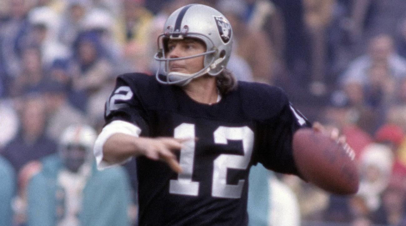 Tom Hanks sent a letter to the daughter of Oakland Raiders' Kenny Stabler