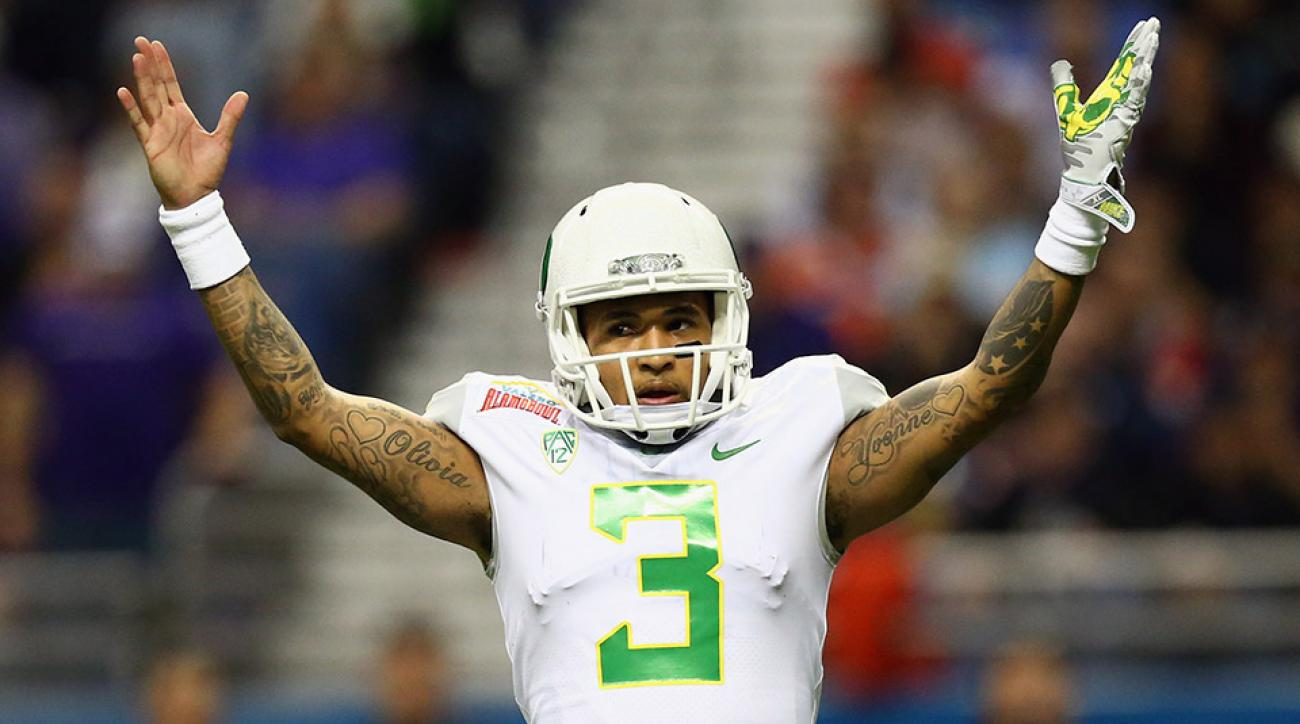 vernon-adams-injured-alamo-bowl