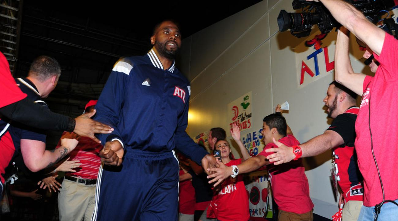 elton brand philadelphia 76ers signs contract