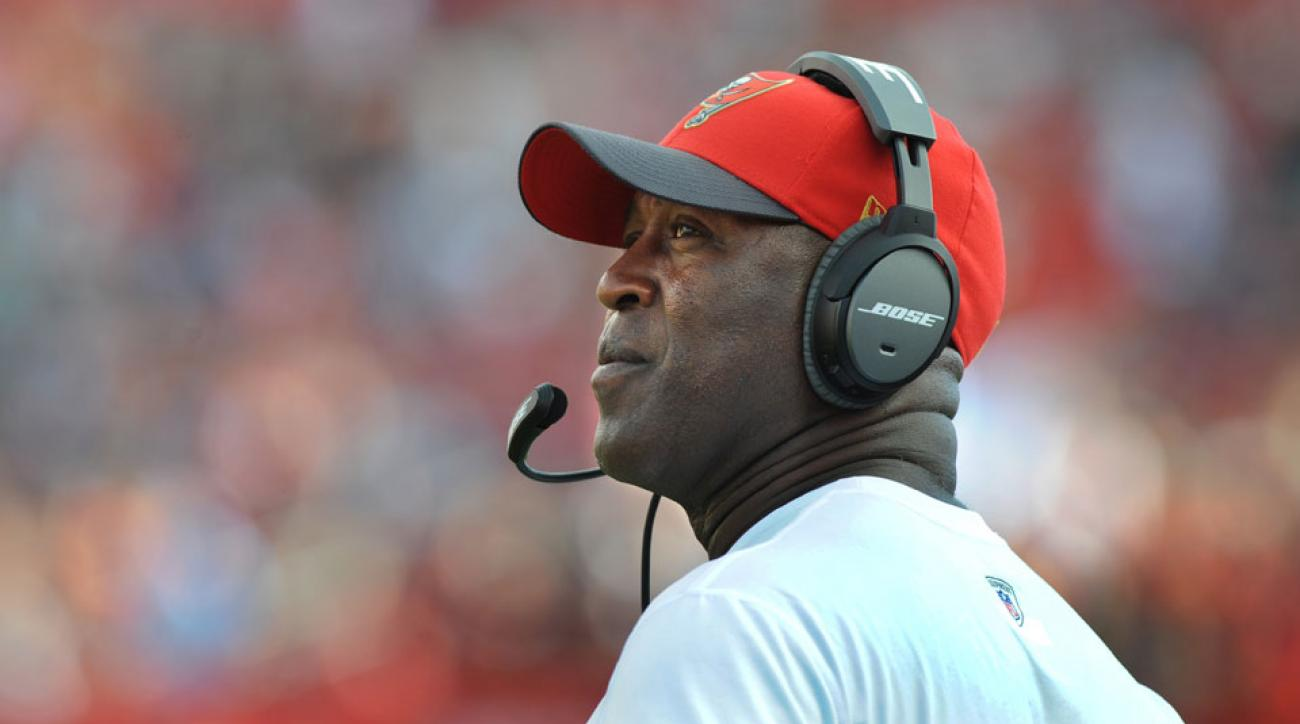 lovie smith fired tampa bay buccaneers head coach