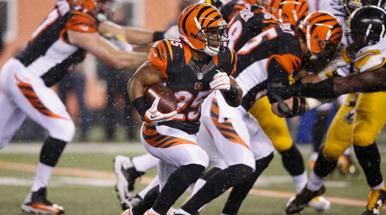 giovani bernard fumble injury tackle steelers bengals