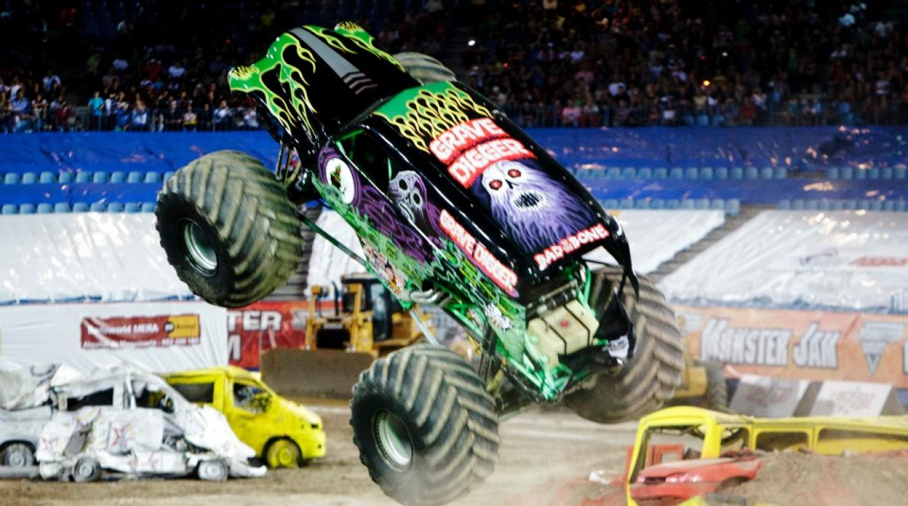 Alabama monster truck rally features demolished Clemson car