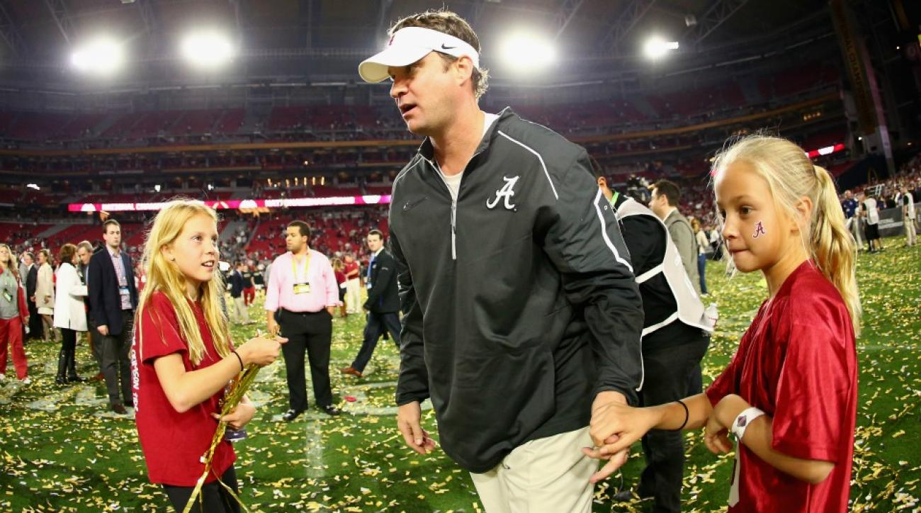 Alabama OC Lane Kiffin's kids played in confetti after win
