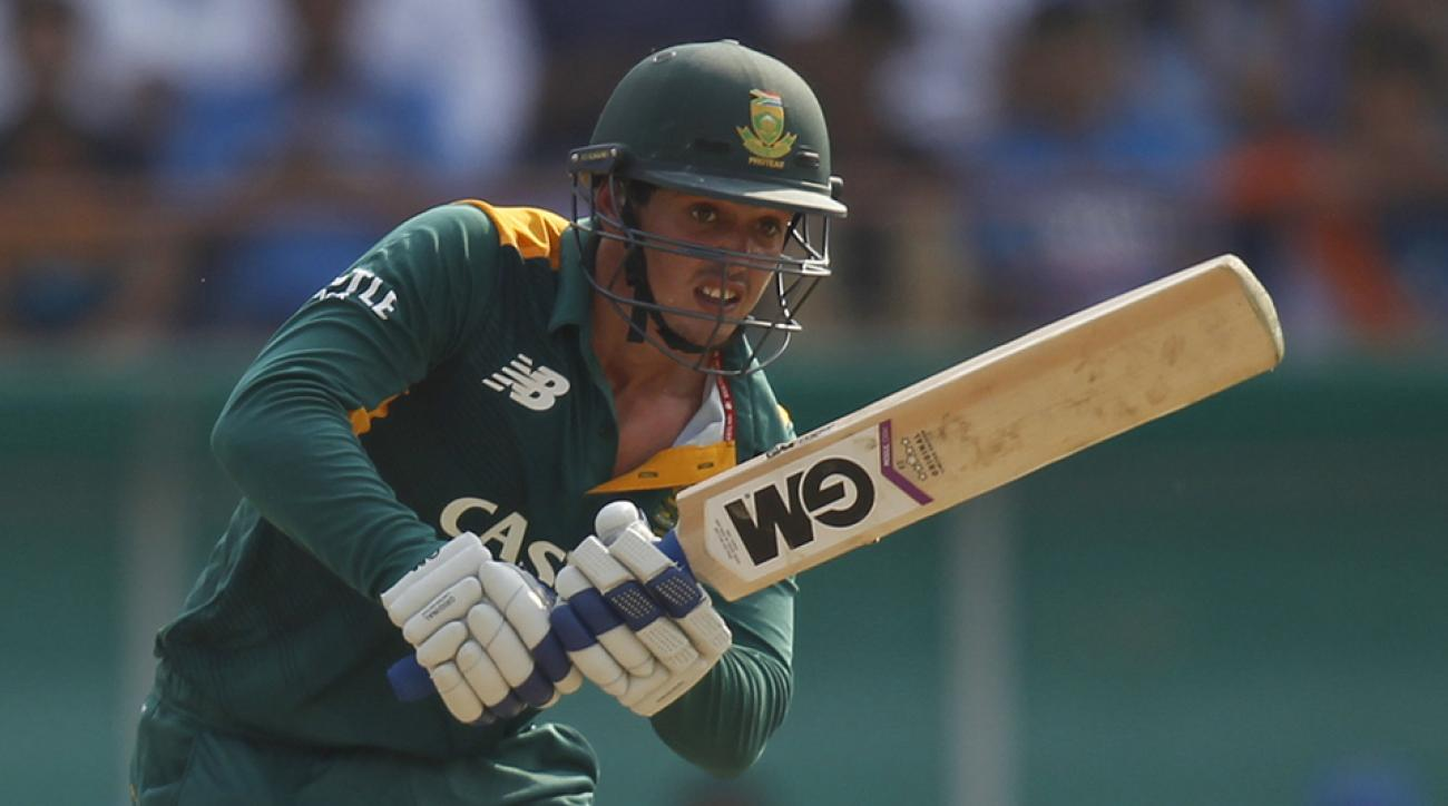 south africa cricket quinton de kock injury knee walk dog