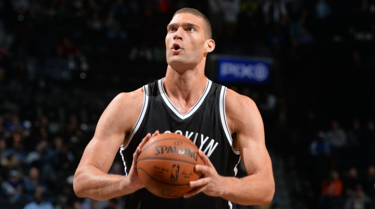 Brook Lopez gets slimed for Nets 90's Nickelodeon night