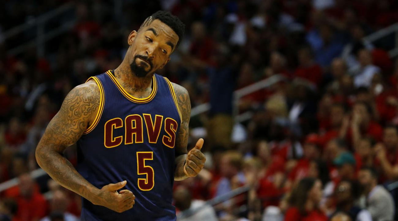 jr smith cavaliers david blatt tweet