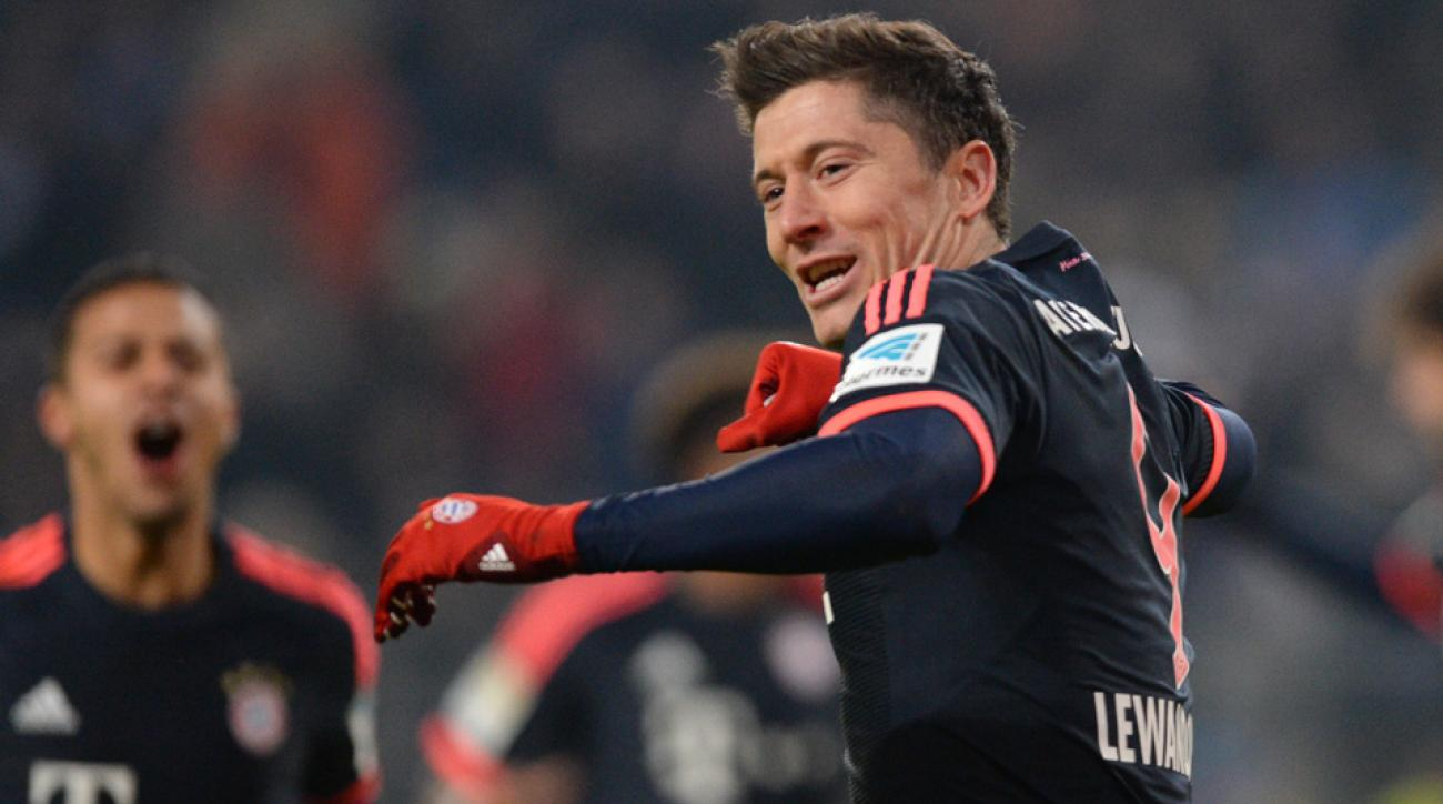 Bayern Munich's Robert Lewandowski celebrates a goal vs. Hamburg.