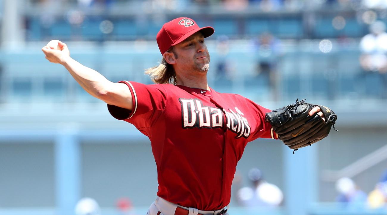 Nationals sign Bronson Arroyo