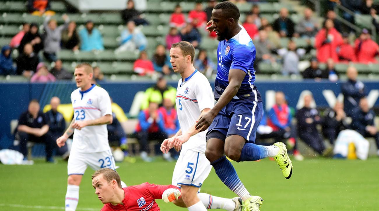 Jozy Altidore scores for the USA vs. Iceland