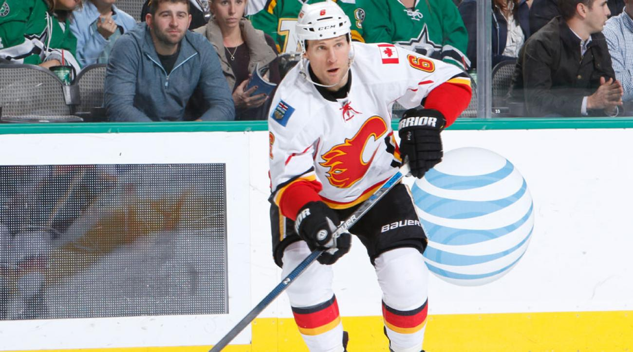 dennis wideman issues apology hit on linesman