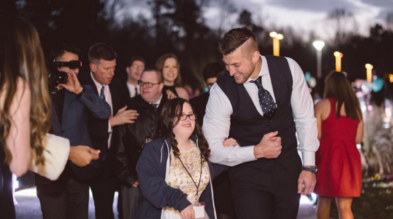 tim-tebow-special-needs-prom-foundation