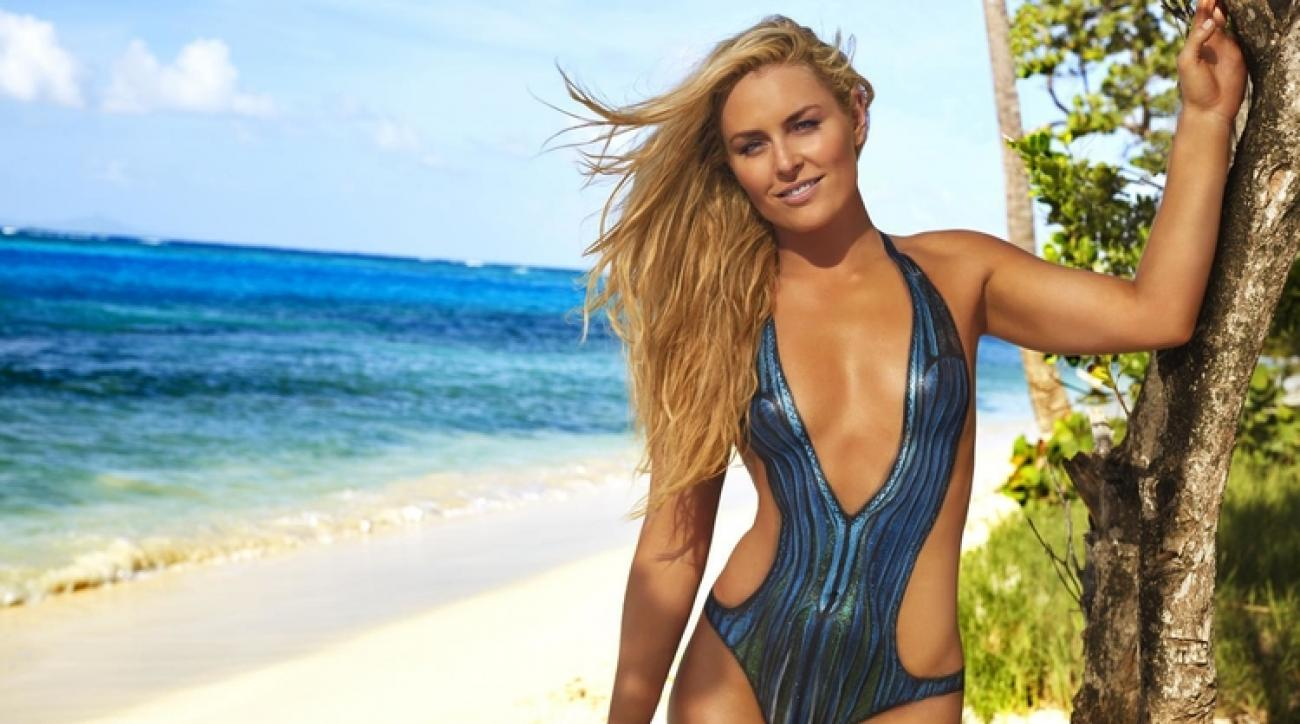 WATCH: Lindsey Vonn does pull-ups wearing nothing but body paint