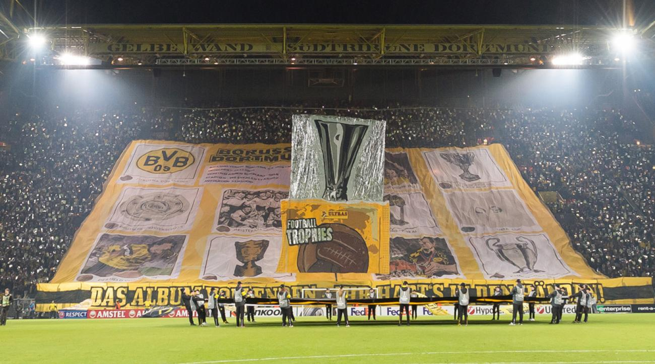 Borussia Dortmund fans unveil massive tifo at Europa League match vs. Porto