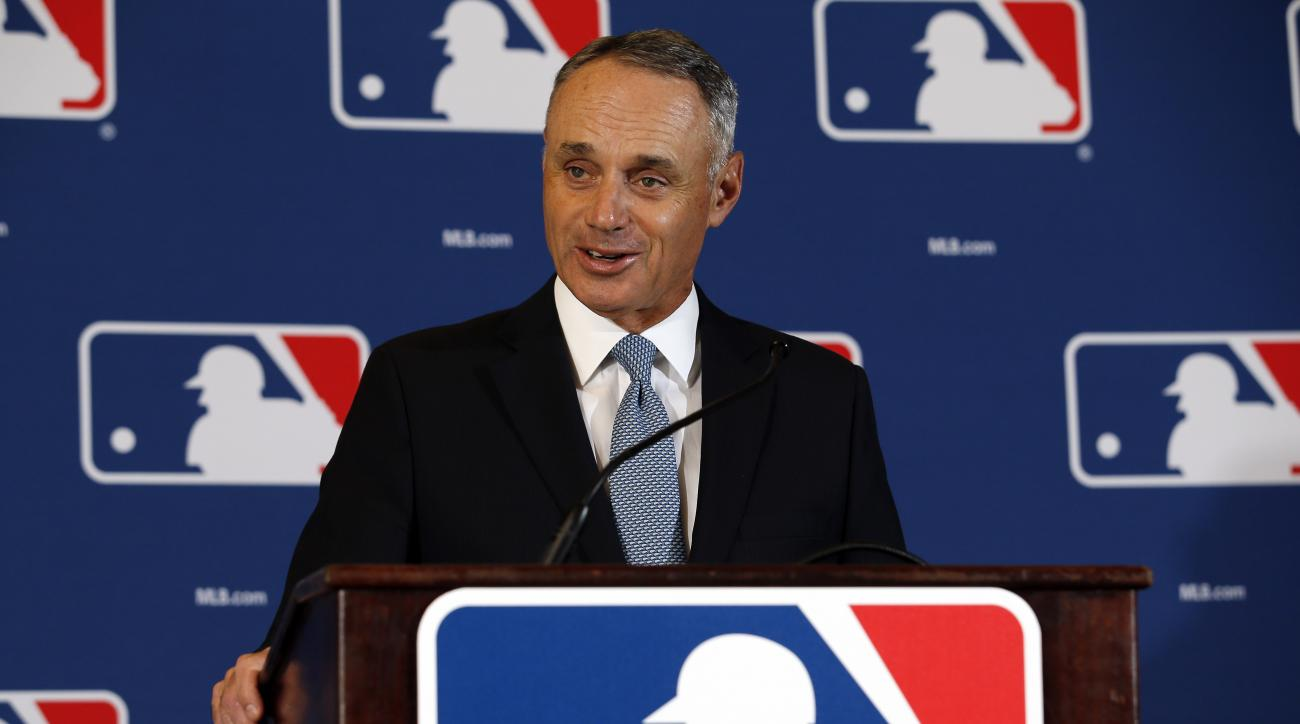 rob-manfred-tampa-bay-rays-cuba-spring-training